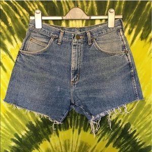 Vintage wrangler cut off shorts